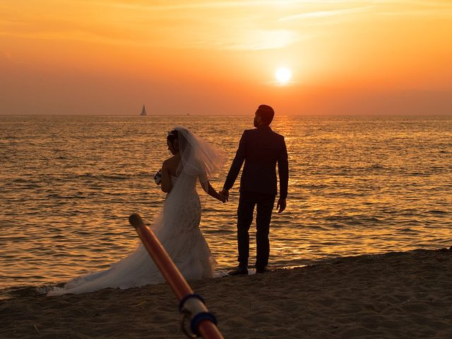 Il matrimonio di Erik e Valentina a Viareggio, Lucca 17