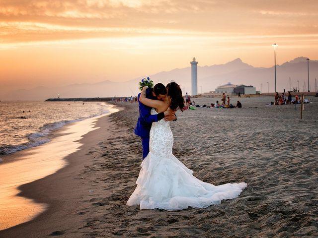 Il matrimonio di Erik e Valentina a Viareggio, Lucca 21