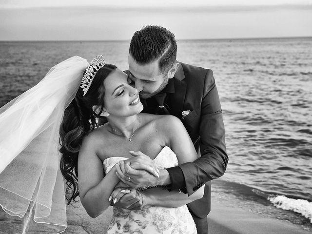 Il matrimonio di Erik e Valentina a Viareggio, Lucca 23