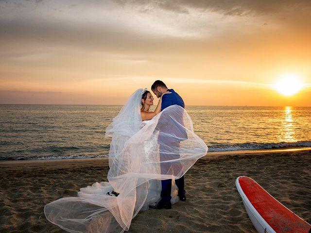 Il matrimonio di Erik e Valentina a Viareggio, Lucca 25