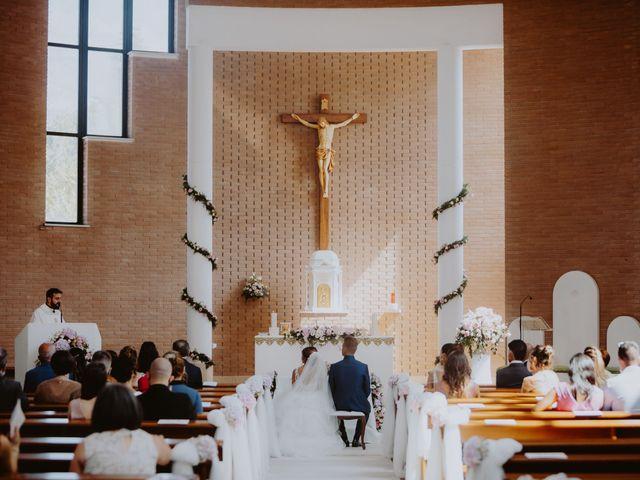 Il matrimonio di Luca e Sara a Sulmona, L'Aquila 9