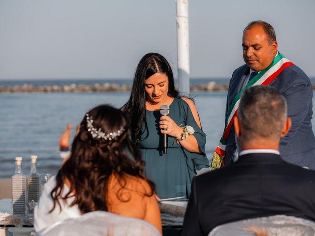 Il matrimonio di Alessandro e Michela a Comacchio, Ferrara 40