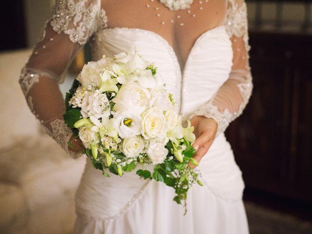 Il matrimonio di Claudio e Valentina a Pozzuoli, Napoli 17