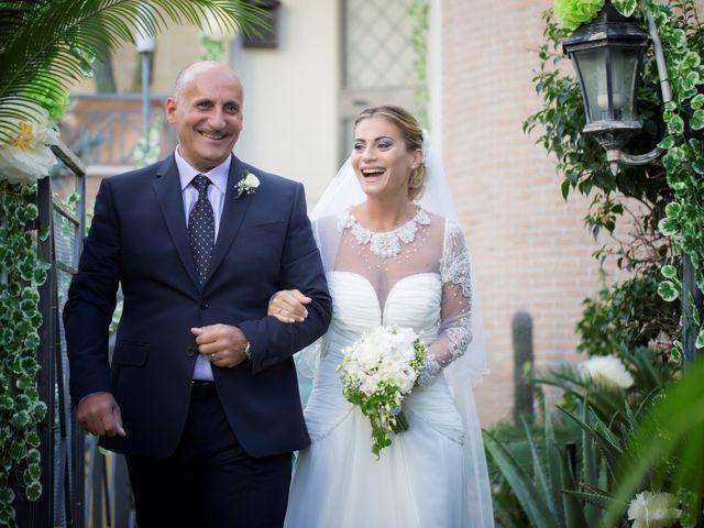 Il matrimonio di Claudio e Valentina a Pozzuoli, Napoli 19