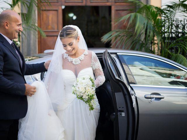 Il matrimonio di Claudio e Valentina a Pozzuoli, Napoli 21