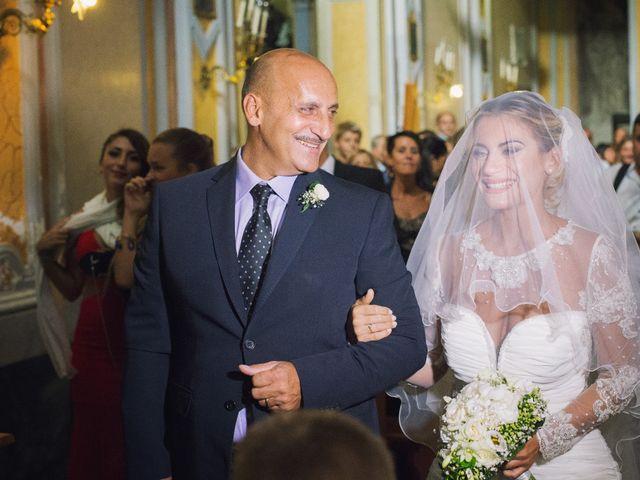 Il matrimonio di Claudio e Valentina a Pozzuoli, Napoli 23