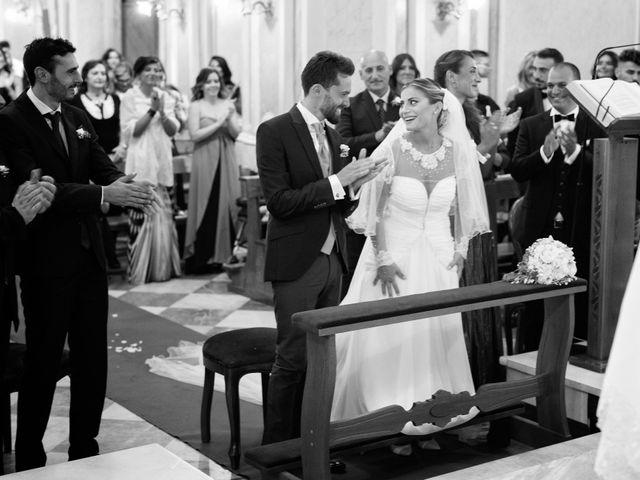 Il matrimonio di Claudio e Valentina a Pozzuoli, Napoli 25