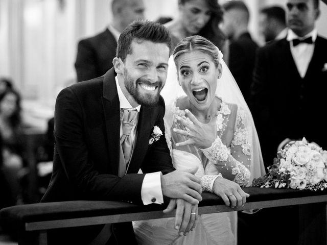 Il matrimonio di Claudio e Valentina a Pozzuoli, Napoli 26