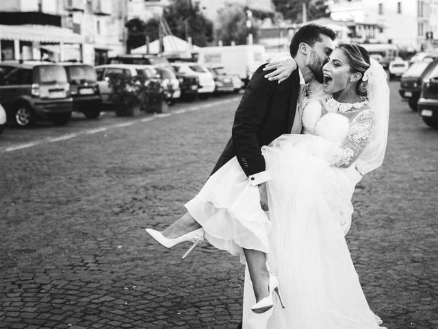Il matrimonio di Claudio e Valentina a Pozzuoli, Napoli 35