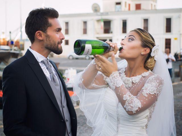 Il matrimonio di Claudio e Valentina a Pozzuoli, Napoli 37