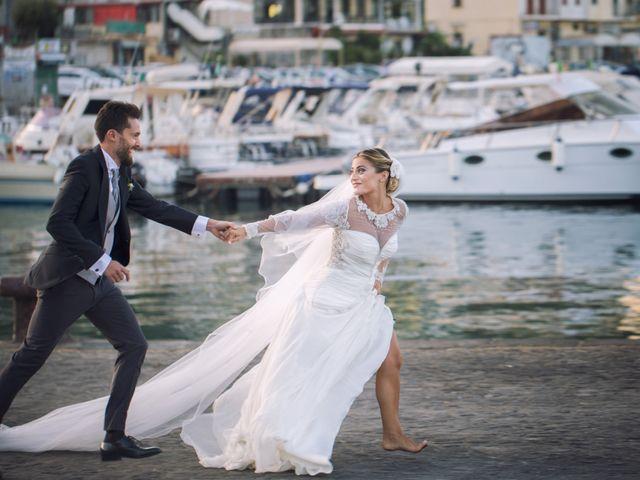 Il matrimonio di Claudio e Valentina a Pozzuoli, Napoli 38