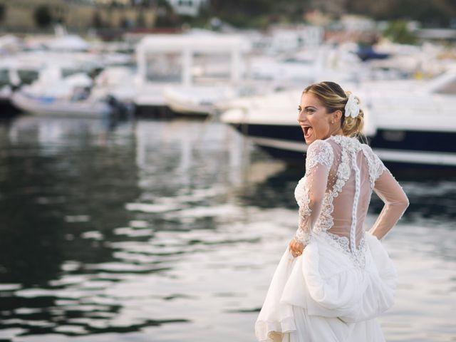 Il matrimonio di Claudio e Valentina a Pozzuoli, Napoli 39