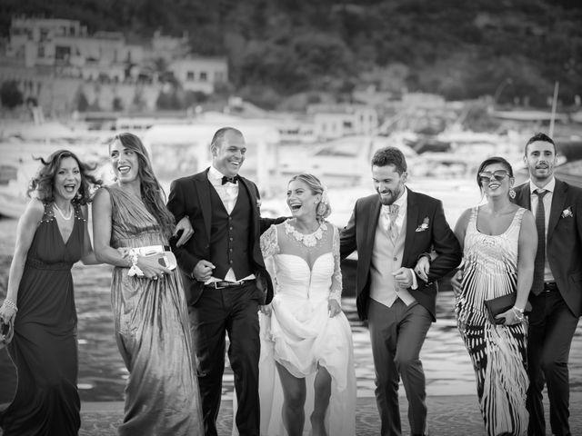 Il matrimonio di Claudio e Valentina a Pozzuoli, Napoli 42