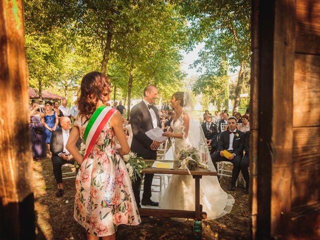 Il matrimonio di Massimiliano e Rosanna a Torgiano, Perugia 18