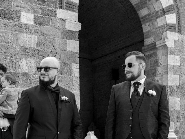 Il matrimonio di Giovanni e Loredana a Chiusdino, Siena 17
