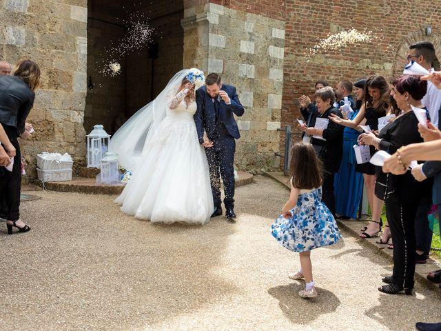 Il matrimonio di Giovanni e Loredana a Chiusdino, Siena 23