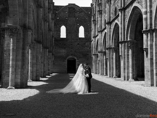 Il matrimonio di Giovanni e Loredana a Chiusdino, Siena 1
