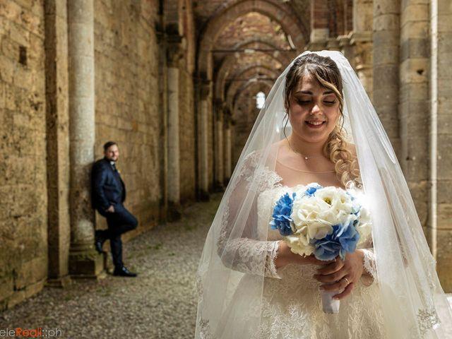 Il matrimonio di Giovanni e Loredana a Chiusdino, Siena 27