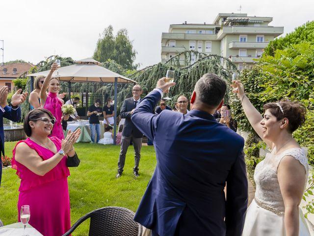 Il matrimonio di Lorenzo e Lucia a Gravellona Toce, Verbania 8