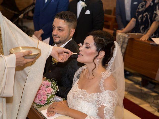 Il matrimonio di Pietro e Elide a Desio, Monza e Brianza 16