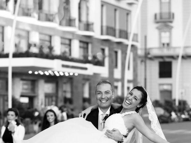 Il matrimonio di Marco e Viviana a Napoli, Napoli 19