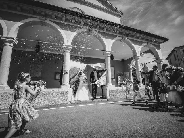 Il matrimonio di Giuseppe e Laura a Colle Umberto, Treviso 25