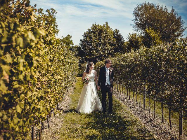 Il matrimonio di Giuseppe e Laura a Colle Umberto, Treviso 32