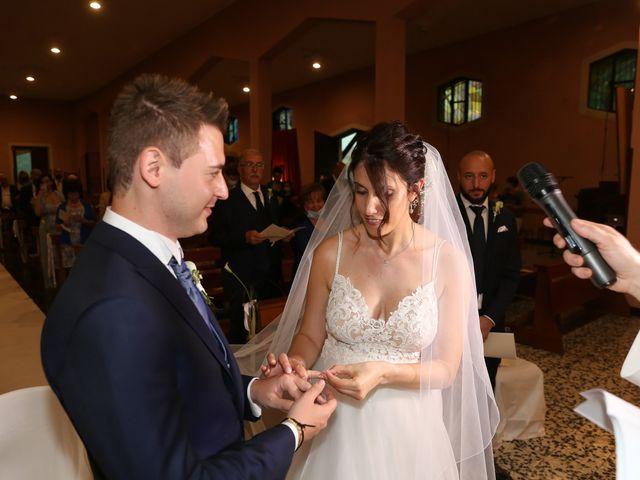 Il matrimonio di Alessandro e Chiara a Tradate, Varese 13