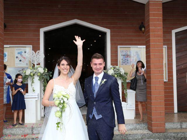 Il matrimonio di Alessandro e Chiara a Tradate, Varese 15