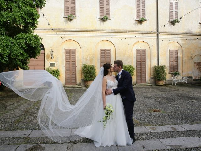 Il matrimonio di Alessandro e Chiara a Tradate, Varese 16