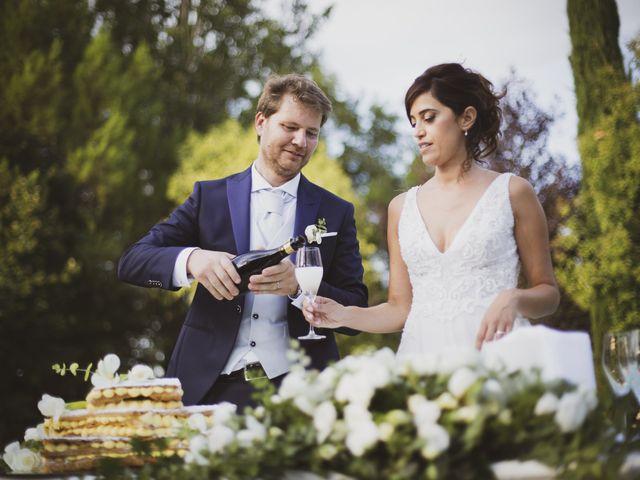 Il matrimonio di Michele e Ainelen a Mogliano, Macerata 25