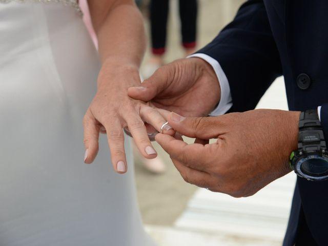Il matrimonio di Matteo e Vilma a Taglio di Po, Rovigo 9