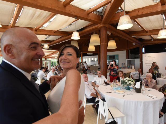Il matrimonio di Matteo e Vilma a Taglio di Po, Rovigo 26