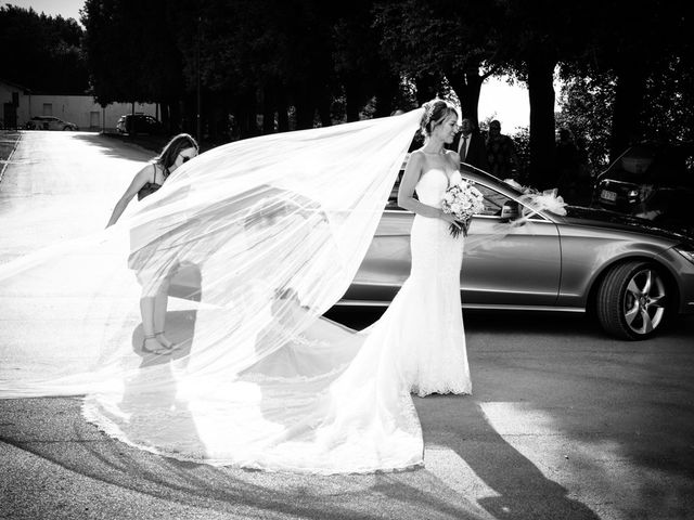 Il matrimonio di Cristiana e Roberto a Fermo, Fermo 38