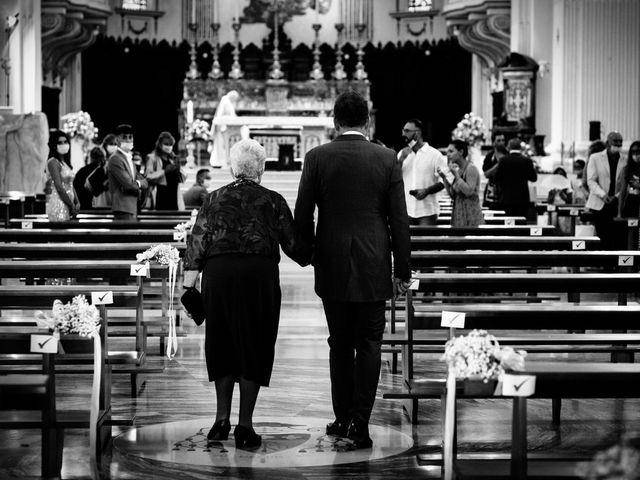 Il matrimonio di Cristiana e Roberto a Fermo, Fermo 39