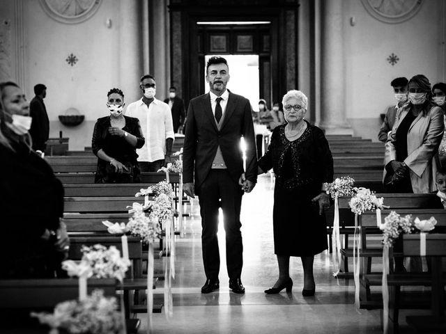 Il matrimonio di Cristiana e Roberto a Fermo, Fermo 40