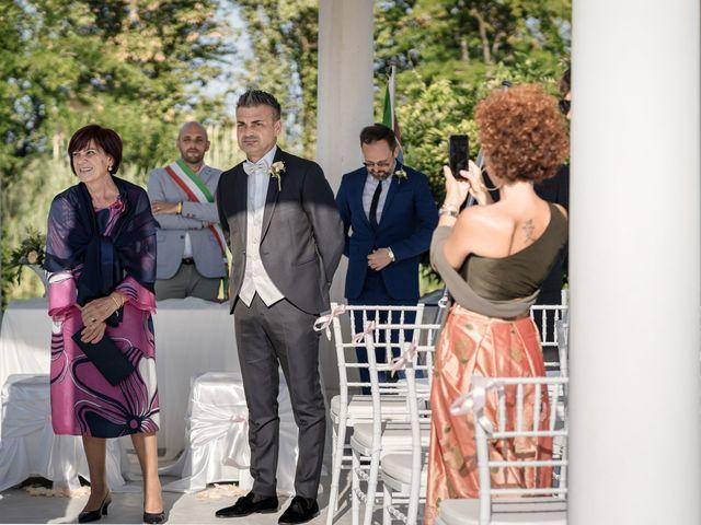 Il matrimonio di Serafino e Erica a Torre di Mosto, Venezia 27