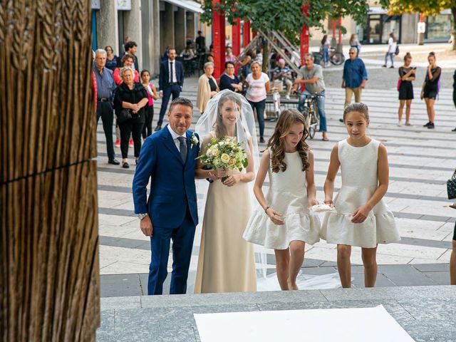 Il matrimonio di Giovanni e Elisa a Vimercate, Monza e Brianza 27