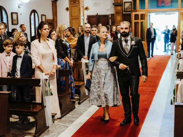 Il matrimonio di Arianna e Leonardo a Viareggio, Lucca 27