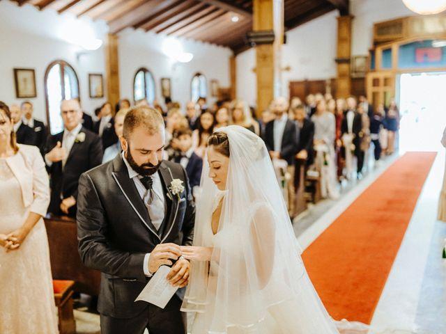 Il matrimonio di Arianna e Leonardo a Viareggio, Lucca 33