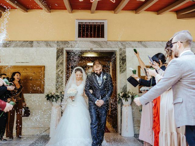 Il matrimonio di Arianna e Leonardo a Viareggio, Lucca 37