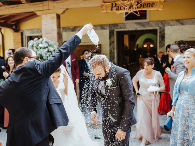 Il matrimonio di Arianna e Leonardo a Viareggio, Lucca 39