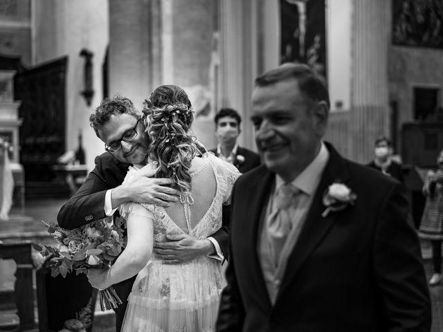 Il matrimonio di Michele e Ilaria a Pavia, Pavia 15