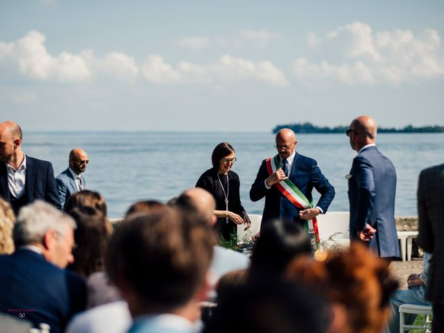 Il matrimonio di Jon e Rebecca a Gardone Riviera, Brescia 39