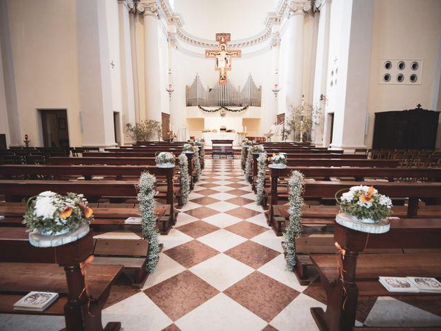 Il matrimonio di Matteo e Debora a Taglio di Po, Rovigo 10