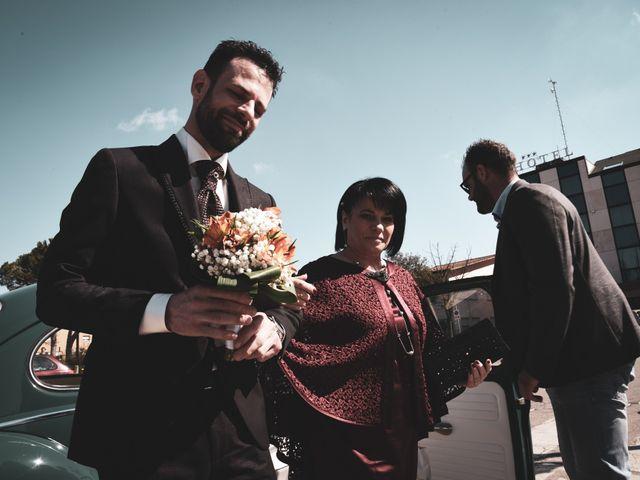 Il matrimonio di Matteo e Debora a Taglio di Po, Rovigo 12