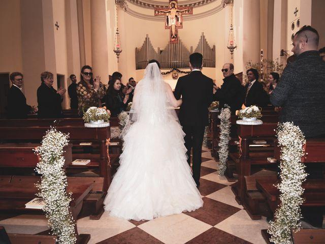 Il matrimonio di Matteo e Debora a Taglio di Po, Rovigo 13