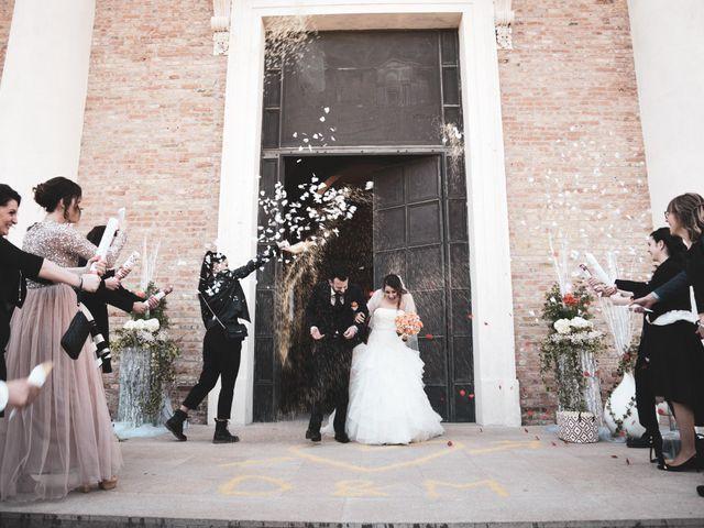 Il matrimonio di Matteo e Debora a Taglio di Po, Rovigo 15