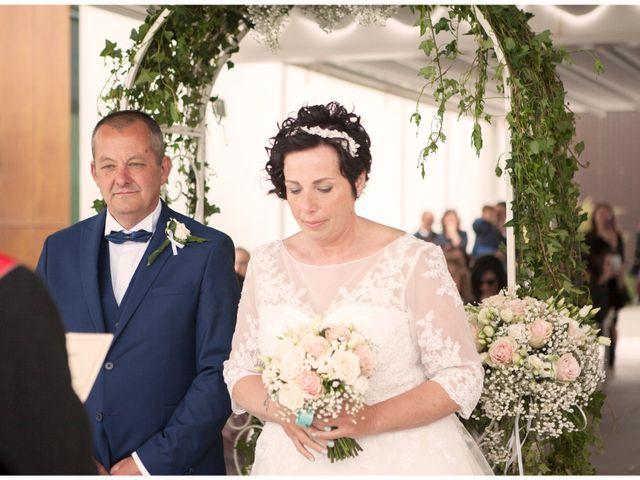 Il matrimonio di Roberto e Patrizia a Viareggio, Lucca 20