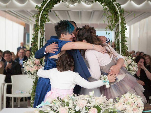 Il matrimonio di Roberto e Patrizia a Viareggio, Lucca 34